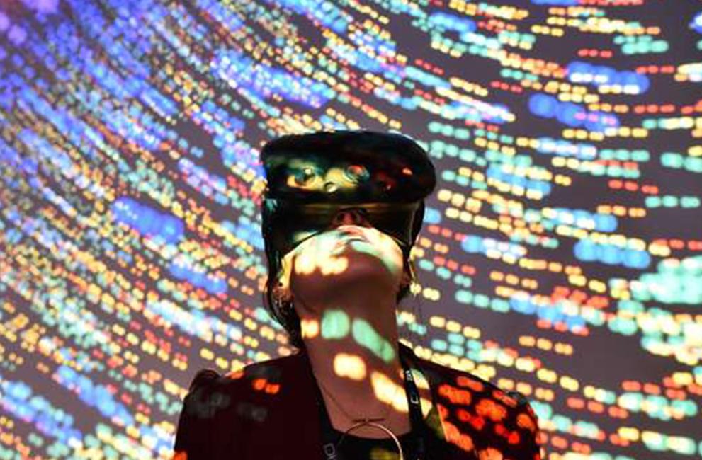 LE MONDE | Le monde audiovisuel à l'heure de la réalité virtuelle